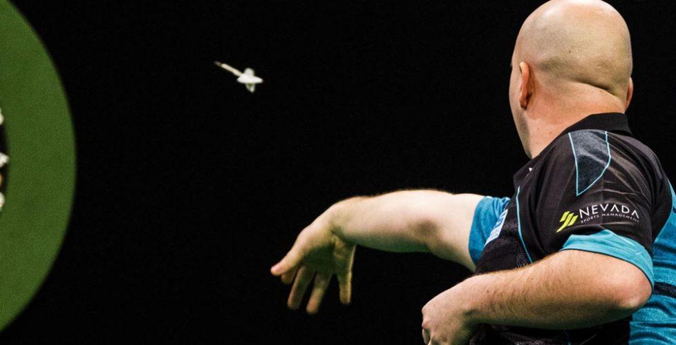 Rob Cross 2018 World Darts Champion_2