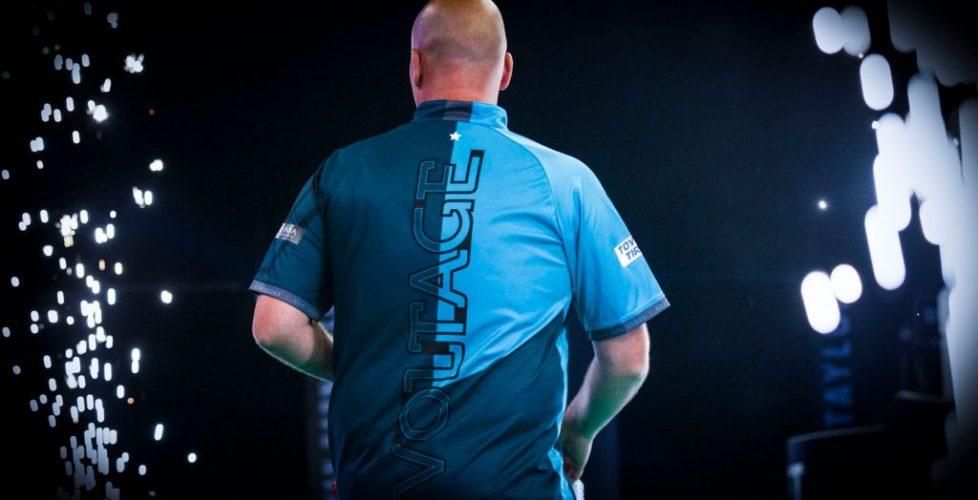 Rob-Cross-World-Darts-Champion-2018_3